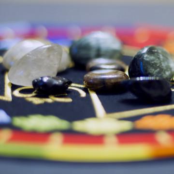 Новые камушки: серафинит, тектит, рутиловый кварц, хиастолит